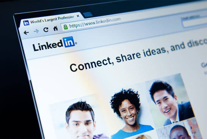 Anahtar kelimelerinize göre LinkedIn'deki Bağlantı Davetiyelerini toplu olarak gönderme
